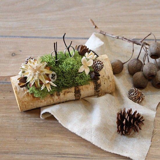 ナチュラルウェディングを挙げたい方にぴったりなtiiteオリジナルのリングピローです。一風変わった形なので注目度抜群!白樺の木をベースに、プリザーブドのモスや...|ハンドメイド、手作り、手仕事品の通販・販売・購入ならCreema。