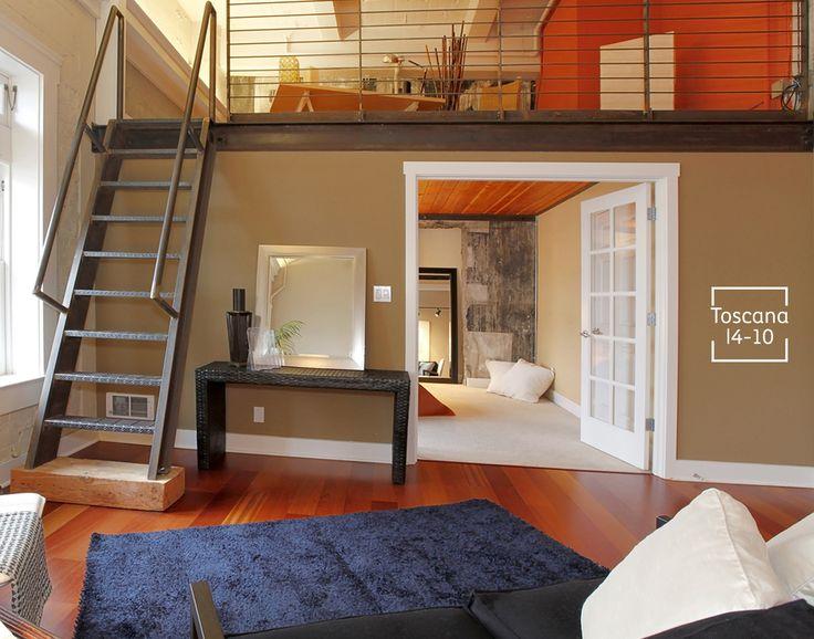 Resalta el color de tus muebles: usa colores en tonos chocolate. Verás que le dará mayor apertura y luminosidad a tu casa.