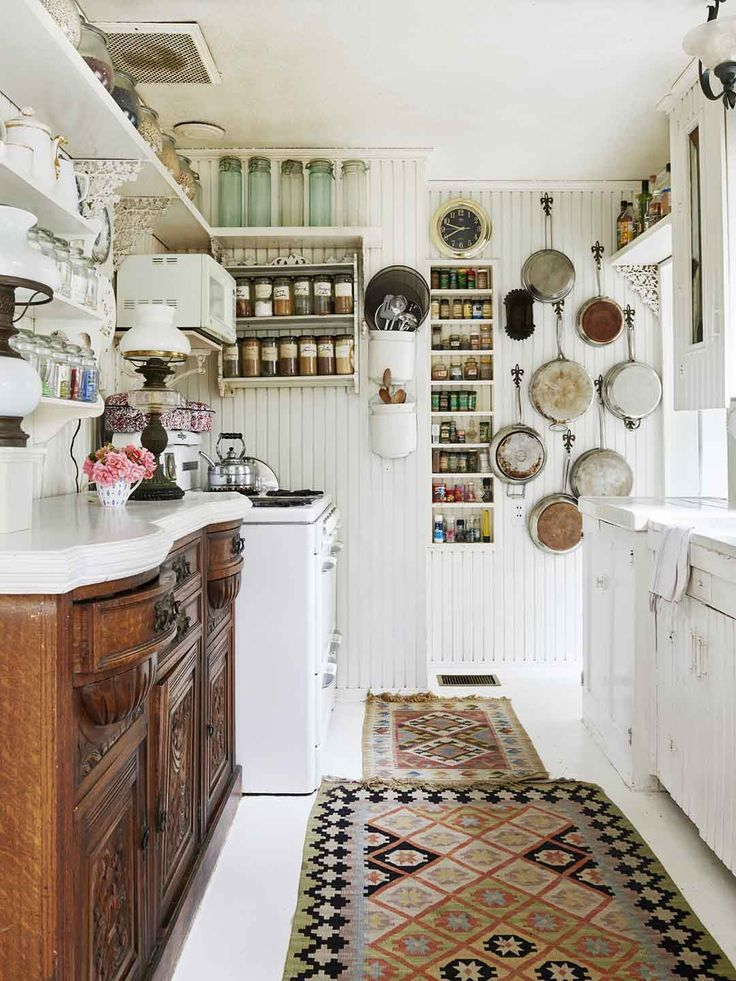 Marvelous Love This Cottage Kitchen With A Dresser For An Under Counter Lower  Cabinet/ Cupboard