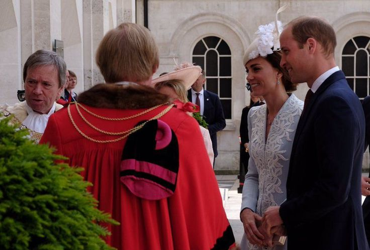 Prince William, Kate Middleton Latest News: Queen Elizabeth to Crown Grandson as King? Royals Congratulate Olympic Athletes