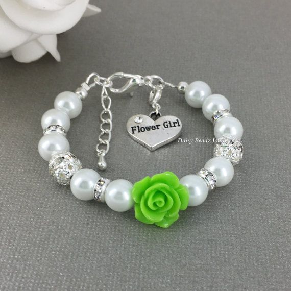 Fleur verte et blanche fille de fleur de Bracelet de perles, bijoux de fille de fleur, Bracelet enfant de cadeau, Bracelet en ivoire, de chaux, chaux Bracelet vert