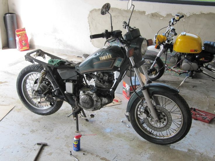 yamaha sr 125 design moto yamaha yamaha 125 ve. Black Bedroom Furniture Sets. Home Design Ideas