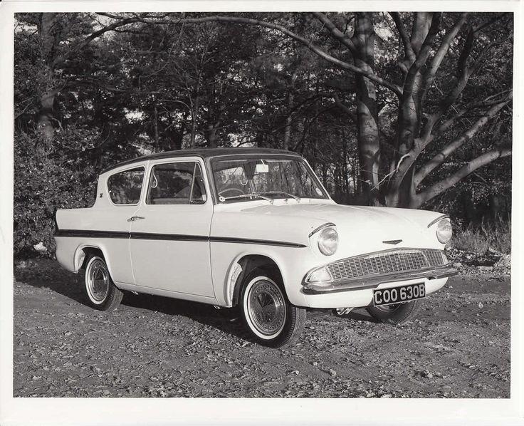 Ford Anglia Super