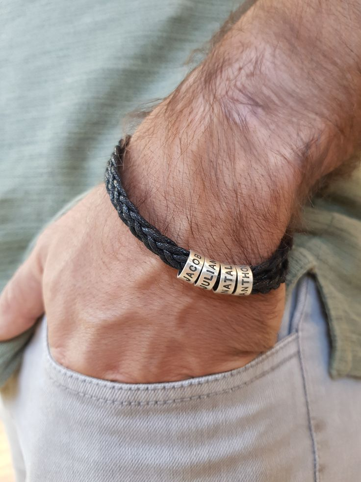 Men's bracelet with small engravable rings made of silver