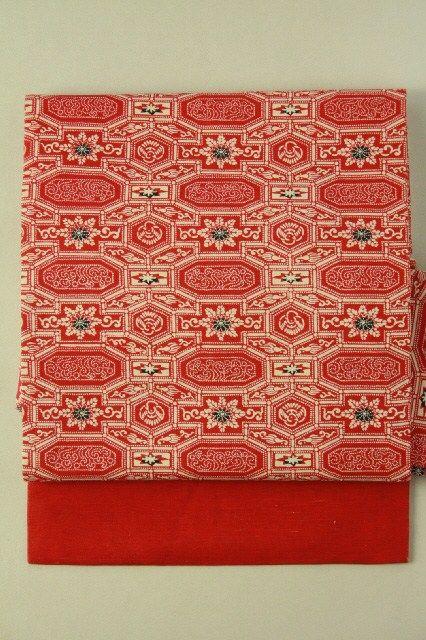 Red Nagoya Obi (Zentsu), Dyed Abstact Pattren / 赤地 染めの幾何学柄 全通名古屋帯   #Kimono #Japan  http://www.rakuten.co.jp/aiyama/