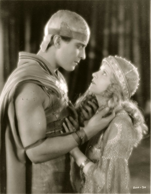 "Ramon Novarro & May McAvoy in ""Ben Hur"" (1926) ~ Ben Hur with Charleston Heston was a re-make...who knew???"