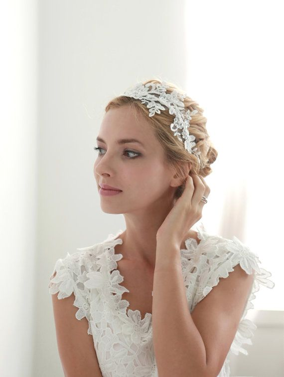 Lace wedding headband, bridal lace headband, floral lace headband, bridal heapiece - style 207