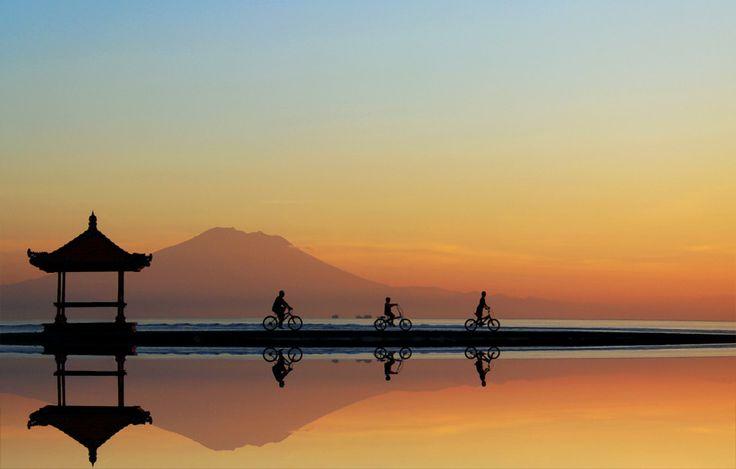 Good Morning World, Nusa dua, Bali, Indonesia