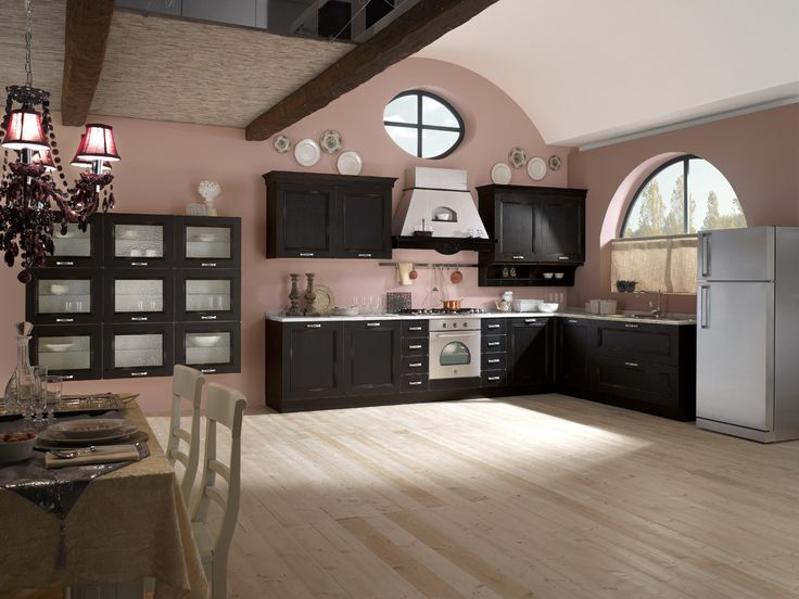 Spar offers its line Siviglia elegant style classic and refined. http://spar.it/ita/Catalogo/Cucine/Cucine-classiche/SIVIGLIA/Default-cc-270.aspx