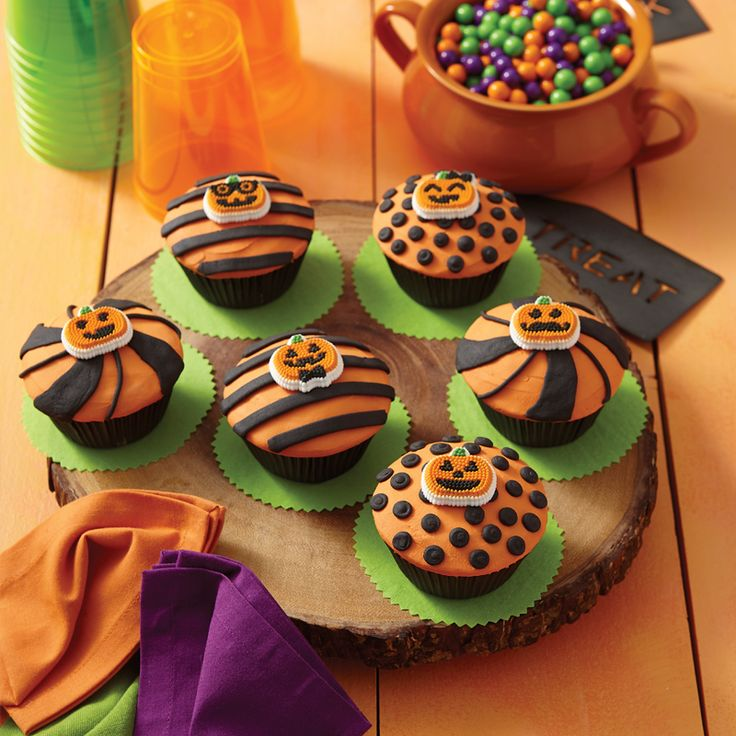 cute halloween cupcakes cupcake ideas pumpkin cupcake ideas decorating ideas