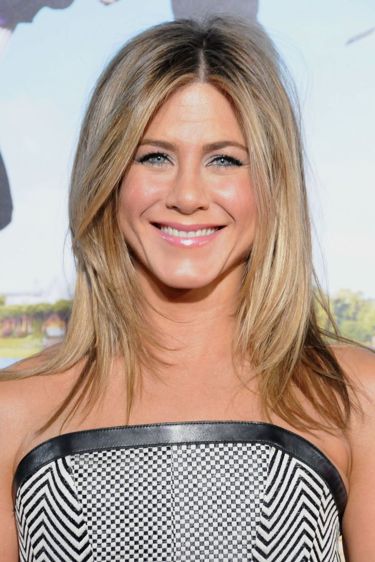 photos of different hair styles best 25 aniston haircut ideas on 4924