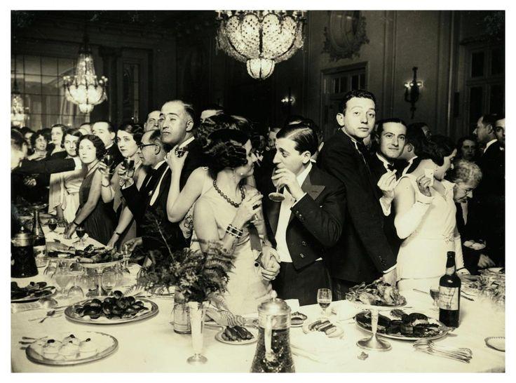 Fiesta celebrada a beneficio del Hospital de la Cruz Roja, 1932