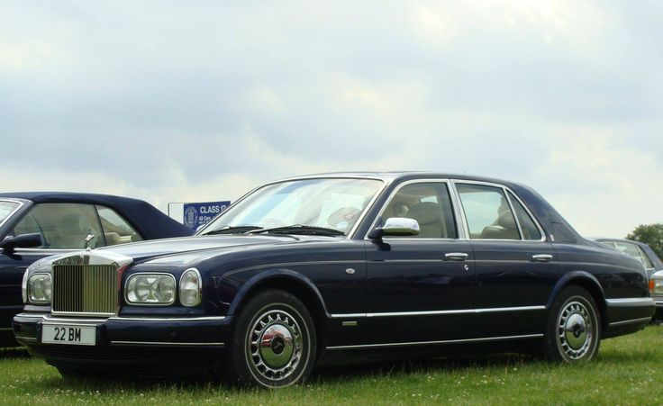Chassis 2CH08022 (2002) Saloon