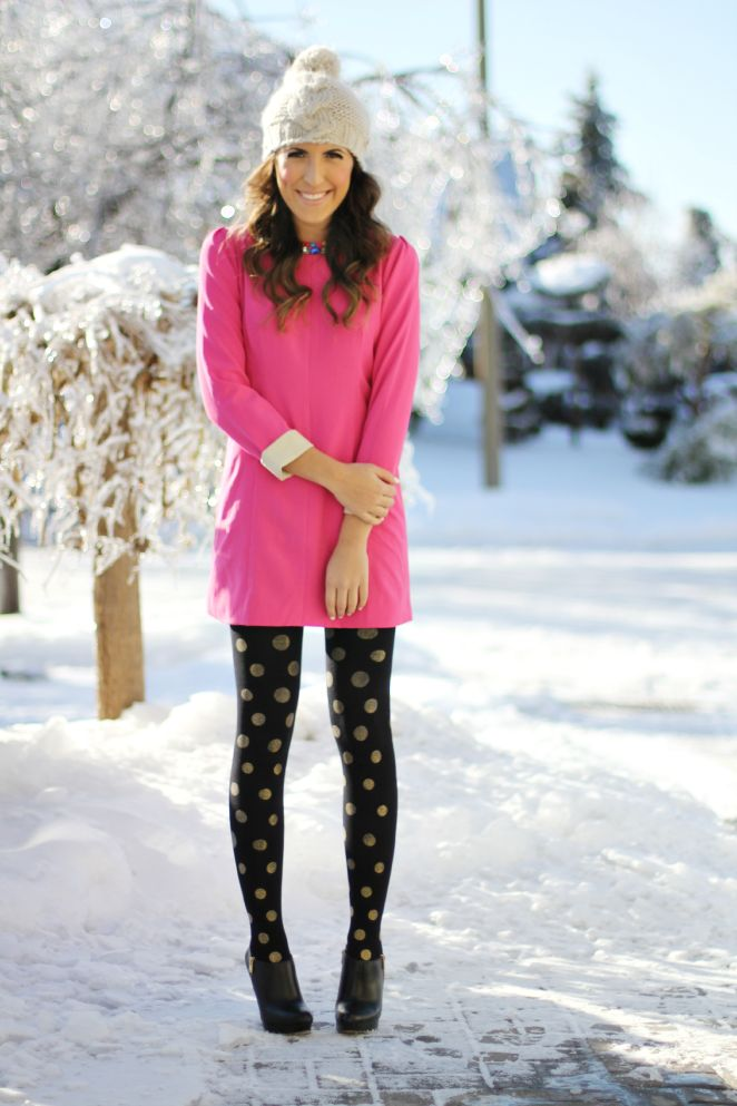 Pink Christmas // love the tights