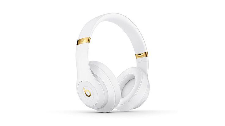 Beats Studio3 #apple #beats #headphones #review #studio3 #wireless http://iamaun.com/beats-studio3