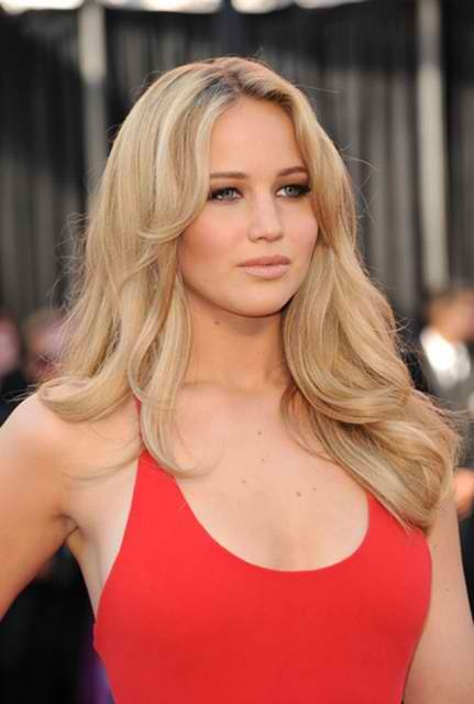 Jennifer lawrence: Easy Hairstyles, Girls Crushes, Red Carpets Hair, Beautiful High, Flawless Makeup, Hunger Games, Hair Style, 101 Easy, Jennifer Lawrence