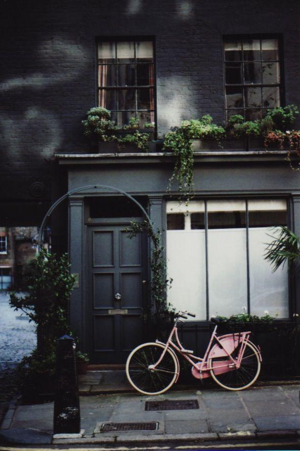 Grey terrace house - London house