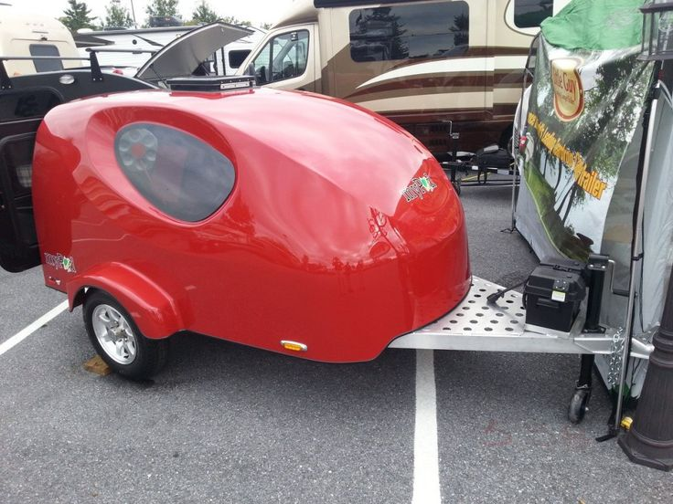 Little Guy unveils its tiny and lightweight fiberglass teardrop trailer.