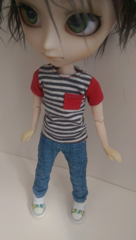 Striped Isul T-shirt with red sleeves & red pocket