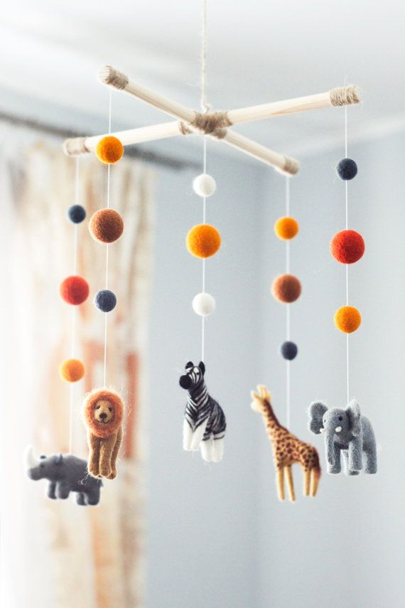 Needle Felted Baby Mobile, Safari animals, Elephant Zebra Giraffe Baby Crib Mobile, Baby Shower Gift