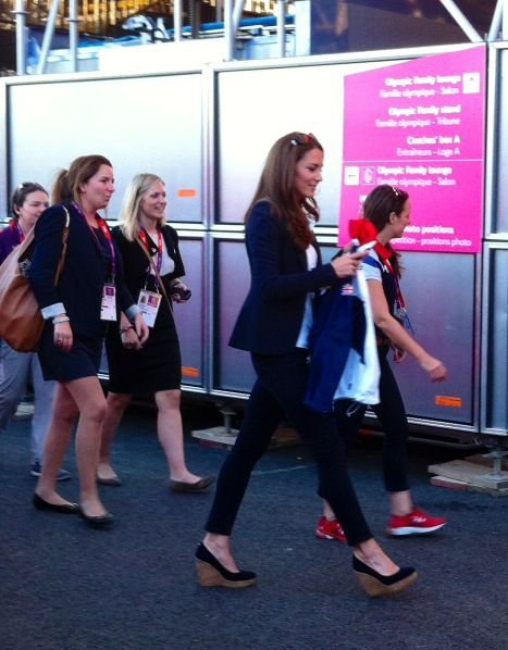 Wednesday, 8 August 2012 Kate Supports Team GB Hockey and BMX Duchess Kate supported Team GB's hockey team tonight at the Riverbank arena as they compete for a place in the final against Argentina. The Duchess was accompanied by her private secretary Rebecca Deacon.