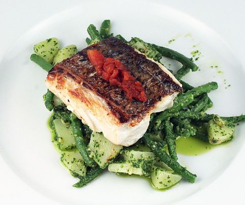 Wild Stripped Bass with String Beans, New Potatoes and Pesto and Roasted Tomatoes - great (and simple!) idea, poorly written recipe