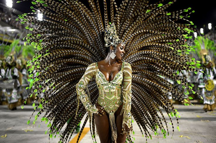 2013 Rio Carnival - Framework - Photos and Video - Visual Storytelling from the Los Angeles Times