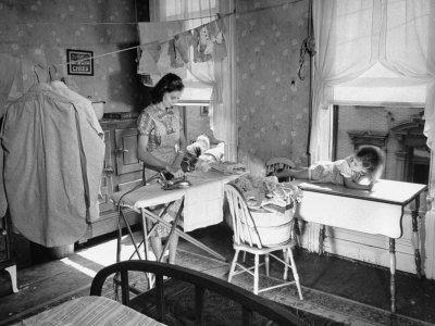 Tillie olsens i stand here ironing