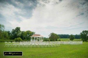 Twin Cedar Farms Wedding Venue near Knoxville. https://www.thebridelink.com/vendor/twin-cedar-farm/photos