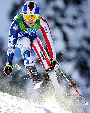 Lindsey Vonn on her way to Gold in the Women's Downhill on the demanding Whistler-Creekside course at Vancouver 2010.
