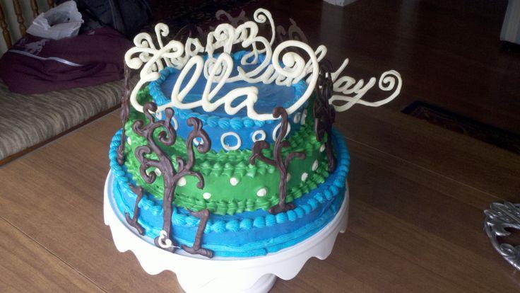 Dr. Seuss inspired birthday cake  white chocolate writing  #SweetSweetJules