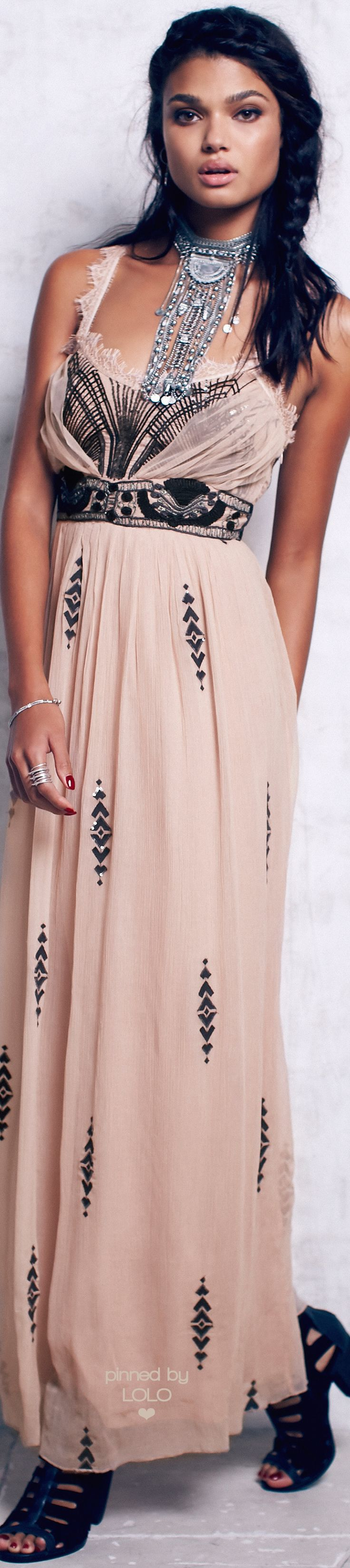 Free People sheer pink & black • ≫∙∙☮ Bohème Babe ☮∙∙≪• ❤️ Babz™ ✿ιиѕριяαтισи❀ #abbigliamento #bohojewelry #boho