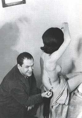 Piero Manzoni  ArtExperienceNYC   www.artexperiencenyc.com