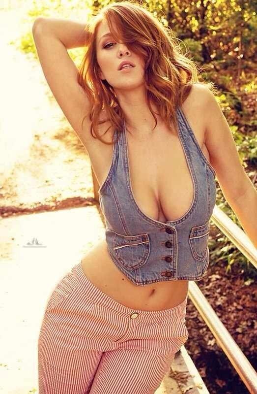Elle Alexandra and Leanna Decker nudes (64 pics) Video, Facebook, braless
