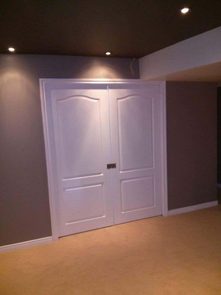 barrhaven basement double doors to bedroom