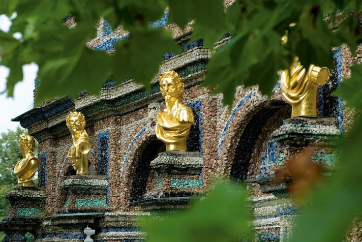 ღღ Bayreuth, Skulpturen am Alten Schloss
