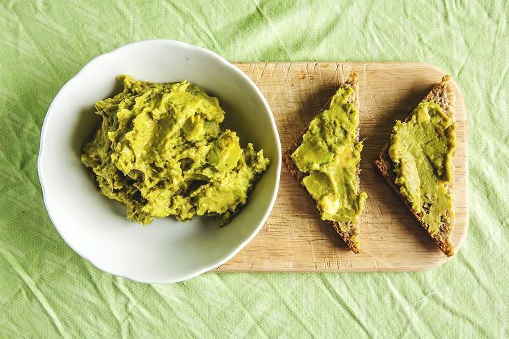 Pasta z awokado i zielonego groszku