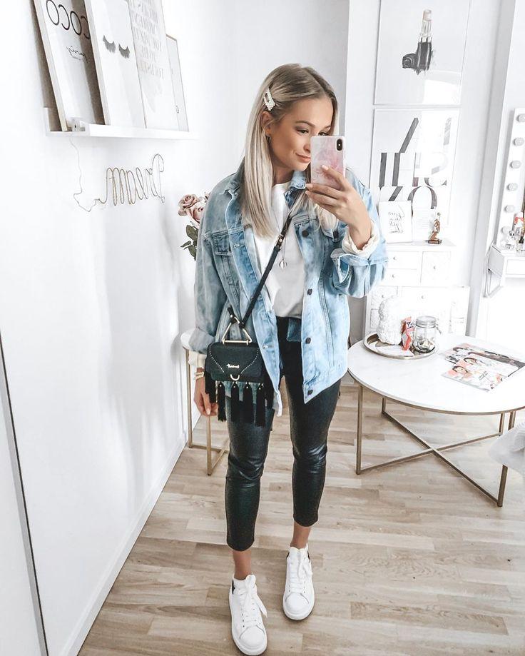 "⠀ Sabina on Instagram: ""Display | 💙 #ootd denim jacket: NA-KD in the highlights linked | Sweater: Gina Tricot | Lederjogger: @seamlessfashion | …"
