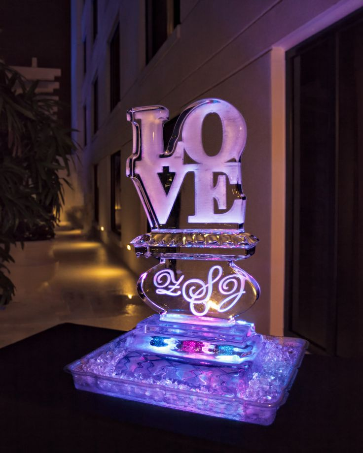 orlando wedding planner swanky i dos downtown orlando wedding ice sculpture grand