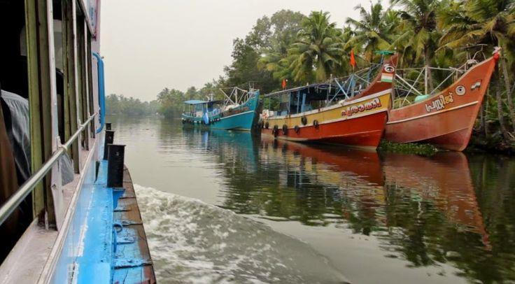 Kerala   Und Das Ist Erst Der Anfang #reiseblog #backpacking #indien #kerala  #günstigreisen #UndDasIstErstDerAnfang  #boot #fähre #schiffe