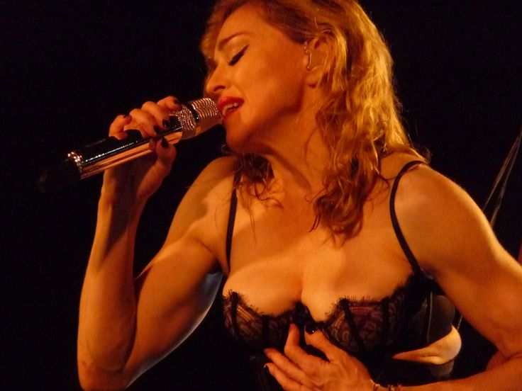 Madonna Hyde Park Concert: Cold Weather Doesn't Keep Her From Stripping Down