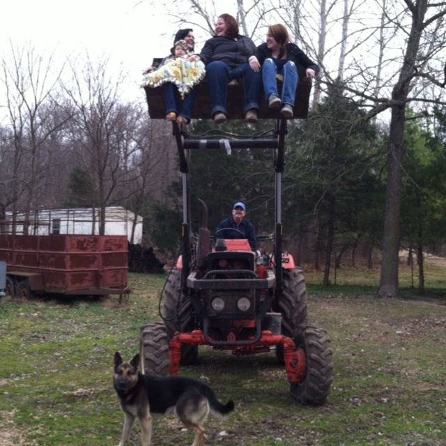 Country!! Tractor scoop ride!!: Country People, Scoop Riding, Reunions Shirts, Tractors Scoop