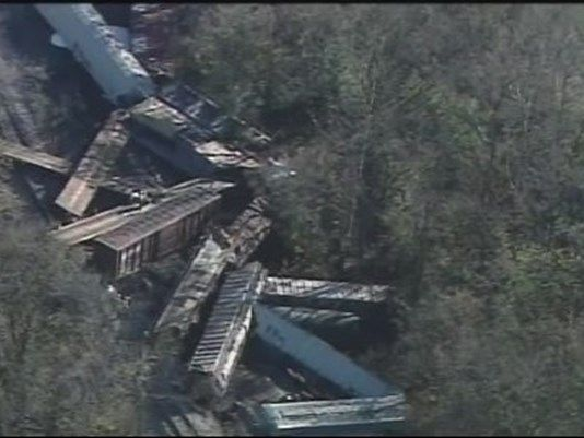 11/12/2016 - HARDIN COUNTY, Ky. (WHAS11) -- The Hardin County Sheriff's Office reported a train derailment near the 8500 block of Battle Training Road near Colesburg Road around 7 a.m. Saturday.