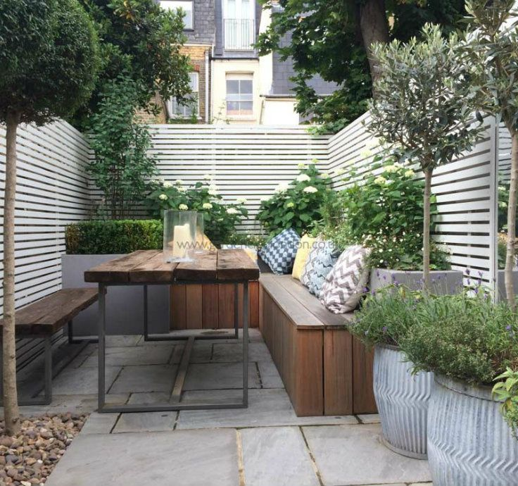 5 Tips On How To Make Your Small Garden Look Bigger Interiordesign Luxury Decoration Courtyard Gardens Design Small Courtyard Gardens Garden Design London