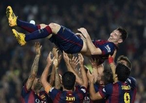 Agen Taruhan Bola – Serahkan Suarez, Sevilla Minta Satu Bek Barca – Negosiasi terkait kembalinya Denis Suarez memasuki babak baru. Sevilla dikabarkan meminta Barcelona untuk menyerahkan Douglas, yang dianggap mampu memperkuat lini pertahanan mereka, menurut laporan Diario de Sevilla.