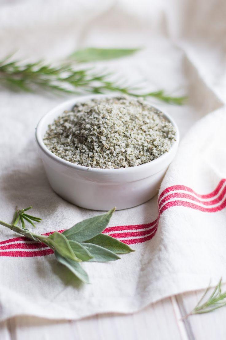 sel parfumé à la sauge et au romarin