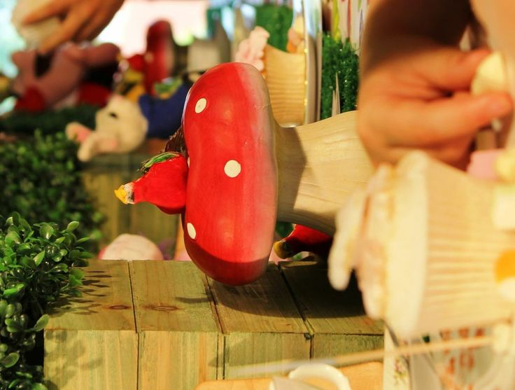 17 best images about mad hatters tea party on pinterest for Party entertainment ideas for adults