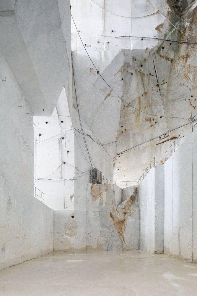 Into the white mountain. Carrara marble quarry © Frederik Vercruysse