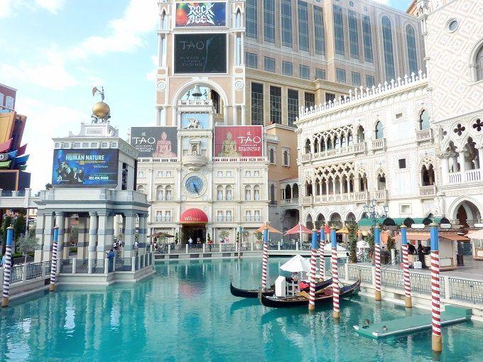 米国ラスベガスのショッピングモール「グランドカナル・ショッパーズ」にて。Grand Canal Shoppes in Las Vegas, USA.