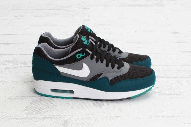 Nike Air Max 1 Essential men's shoe